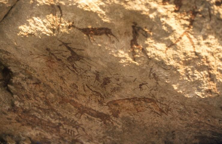 Cultura dei Boscimani. Pitture sulle rocce che risalgono a 1000-2000 anni fa. Murewa, Zimbabwe.