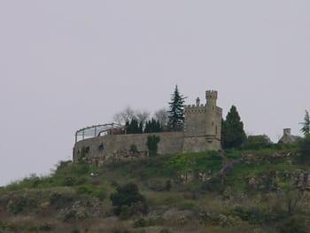 Rennes-le-Chateau,Tour Magdala dal plateau.