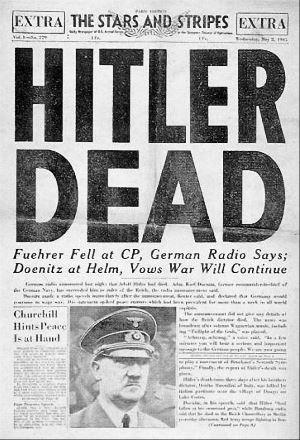 Notizia della morte di Hitler nel bunker di Berlino