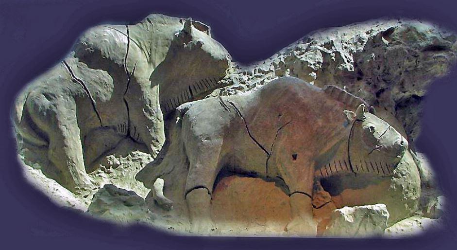 Bisonti,Tuc d'Audoubert, ca 14.000 anni fa, Montesquieu-Avantès, Département Ariège, Replica Museo priv. Famiglia Bégouën