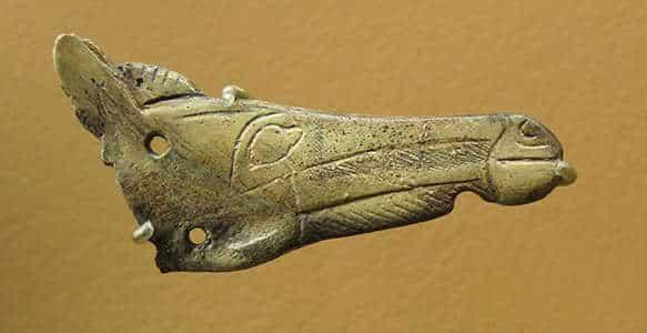 Testa di cavallo fatta di osso ioide, Magdaleniano. Isturitz, Paesi Baschi spagnoli. Foto: Don Hitchcock, 2014.