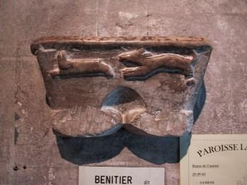 Acquasantiera destinata ai Cagoti. Cattedrale di Oloron, Béarn. Foto: Peyre CC-BY-SA-3.0