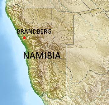 Il massiccio del Brandberg in Namibia. Fonte: Carport CC-BY-SA-3.0