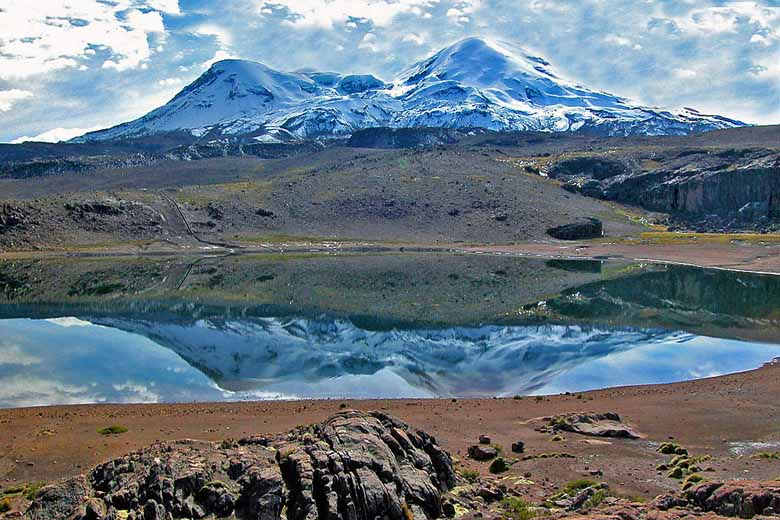 Blick auf Vulkan Coropuna-foto-EdubucherCC BY-SA 3.0