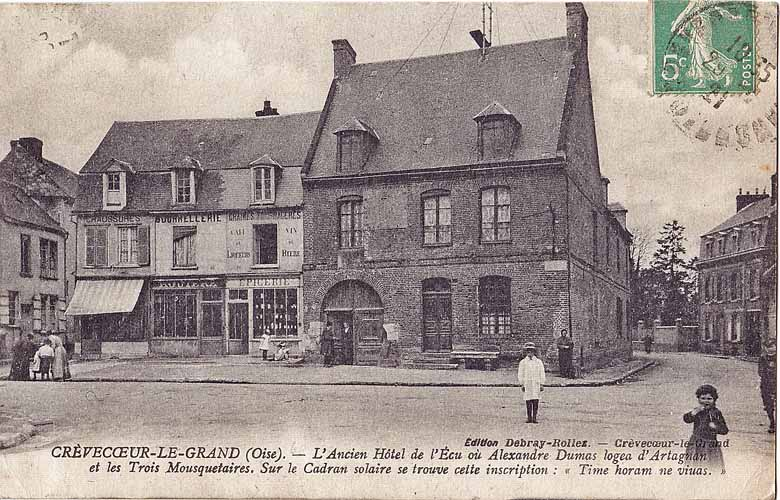 Debray-Bollez_-_CREVECOEUR-LE-GRAND_-_L'Ancien_Hotel_de_l'Ecu_où_Alexandre_Dumas_logea_d'Artagnan....-freejpg