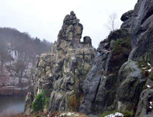 Le Externsteine, formazione rocciosa nel Teutoburger Wald