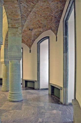 Altra veduta della sala principale della torre nord. Foto - sabina marineo