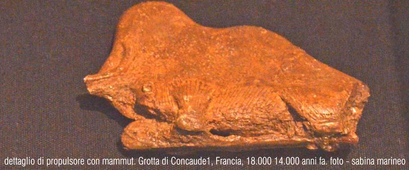 dettaglio di propulsore con mammut. Grotta di Concude1, Francia. 18.000 - 14.000 anni fa. foto - sabina marineo