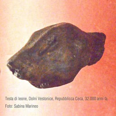 testina di leoni, Dolni Vestonice, Repubblica Ceca. 32.000 anni fa. foto - sabina marineo