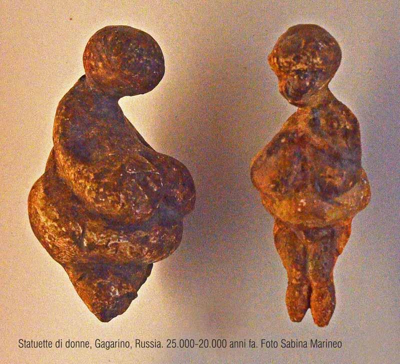 statuette di donna, Gagarino, Russia. 30.000 - 21.000 anni fa. foto - sabina marineo
