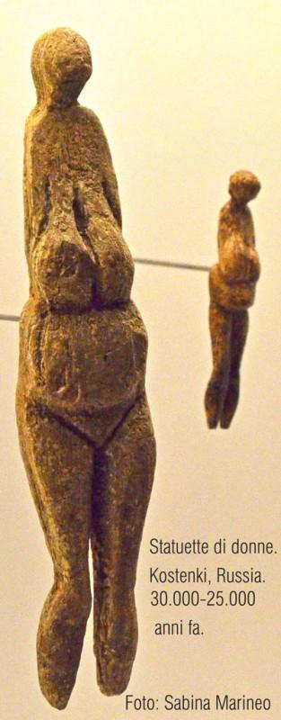 statuette di donna, veneri di Kostenki, Russia. 30.000-25.000 anni fa. foto sabina marineo