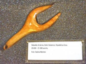 statuetta di donna, Dolni Vestonice, Repubblica Ceca. 29.000 - 21.000 anni fa. foto - sabina marineo
