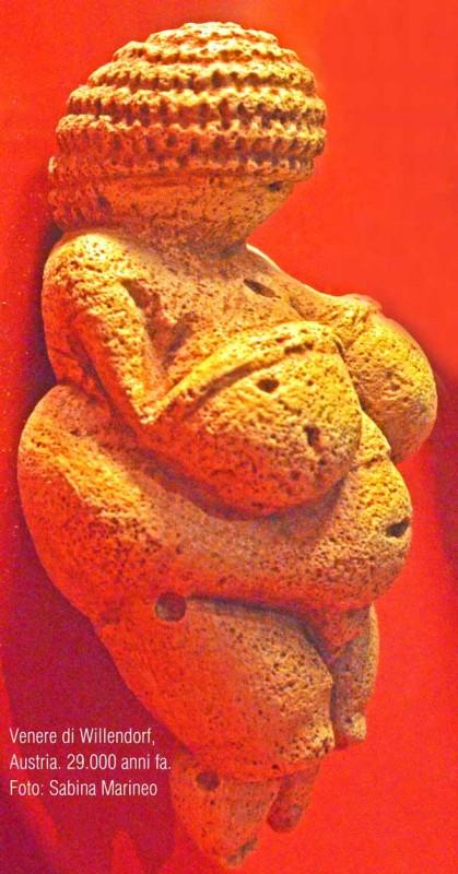 Venere di Willendorf, Austria. 25.000-29.000 anni fa. foto - sabina marineo