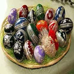 Le origini delle uova di Pasqua risalgono a un'antica tradizione persiana