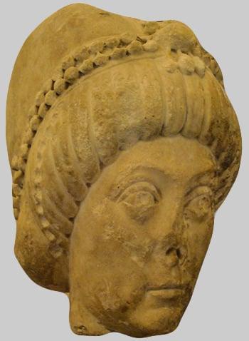 Presunto ritratto di Teodora la Basilissa esposto al Castello Sforzesco di Milano, VI secolo. Foto: G. Dall'Orto