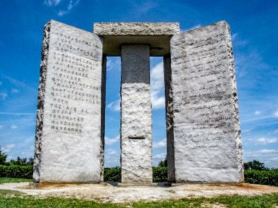 Il monumento delle misteriose Guidestones, Georgia, Elbert County