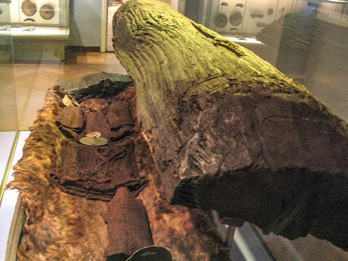 Sarcofago di legno di quercia. Museo Nazionale di Copenaghen