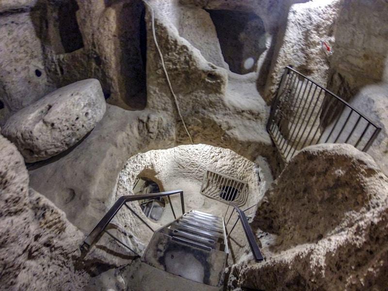 Veduta dall'alto all'interno di una città sotterranea di Kaymakli. Foto: Nevit Dilmen CC BY SA 3.0