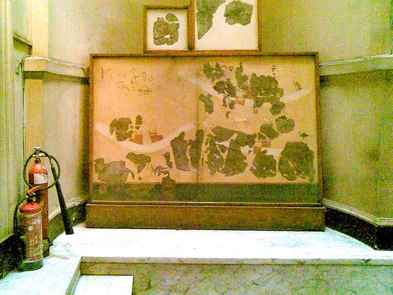 Frammenti della pittura murale della tomba 100 di Hierakonpolis. Museo Egizio del Cairo.