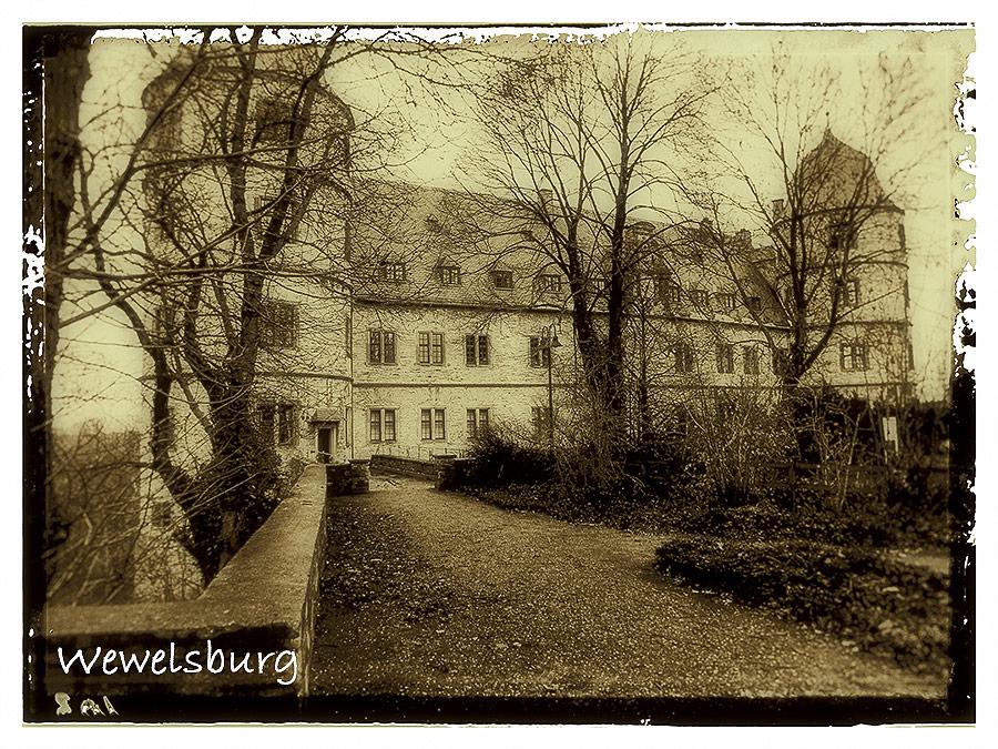 Il castello di Wewelsburg, nella Westfalia, sede dell'Ordine nero delle SS e, per Himmler, castello del Graal. Foto: Reimund Schertzl